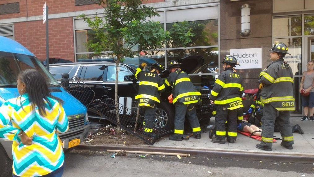 Conductor, atropella, Manhattan, personas, accidente
