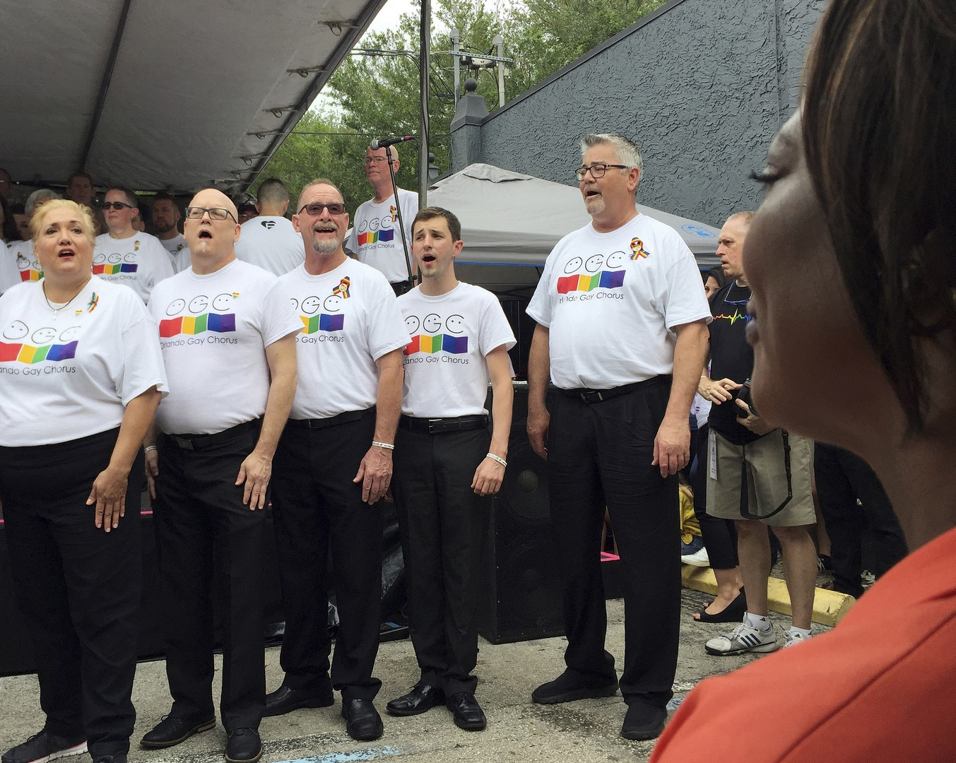 Conmemoran primer aniversario de ataque a bar Pulse de Orlando