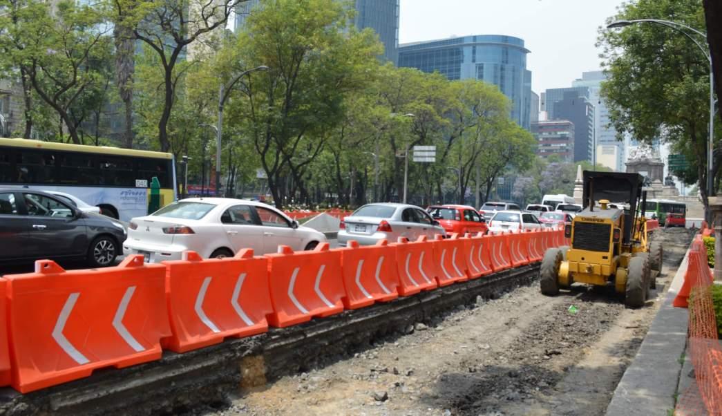 Construcción de Metrobús en Reforma