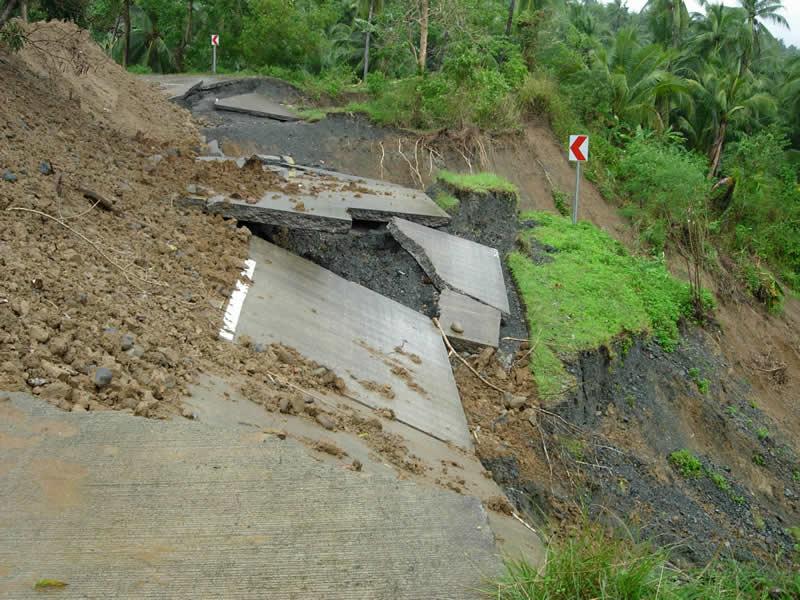 Al menos 57 muertos por lluvias torrenciales en Bangladés