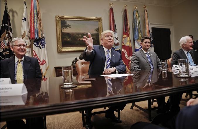 Propone Trump que pague muro... ¡el sol!
