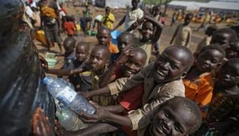 Niños de Sudán del Sur, un país devastado por las violaciones y los secuestros (AP)