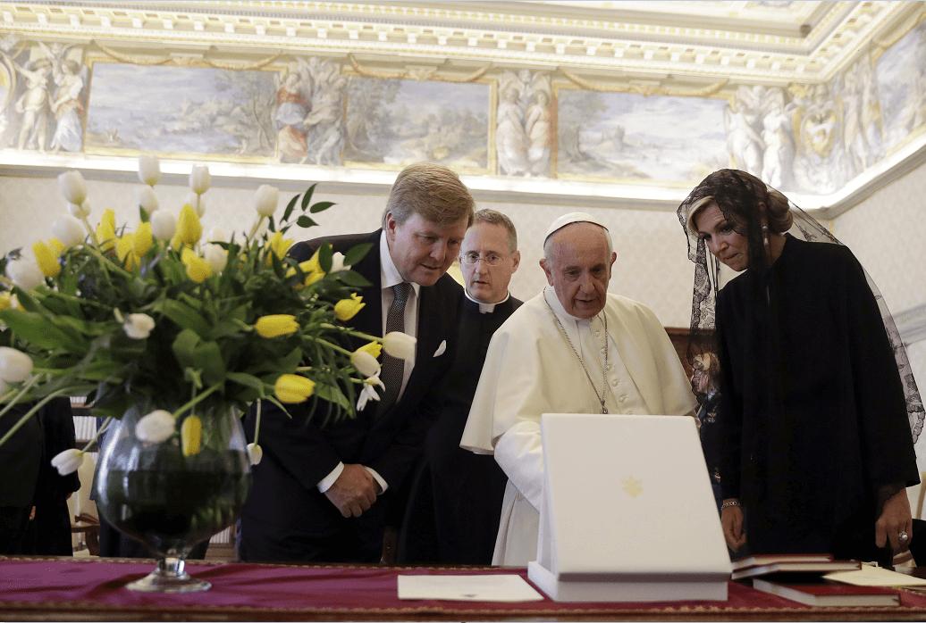 El papa Francisco con los reyes de Holanda, Guillermo Alejandro y Máxima