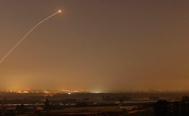 Milicias palestinas en Gaza lanzan dos cohetes hacia Israel