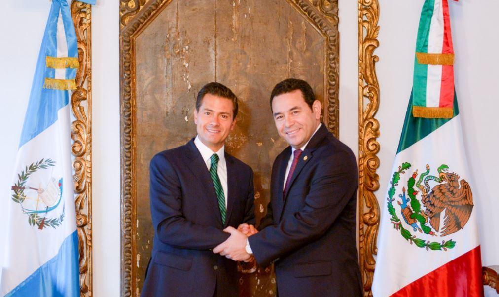 Enrique Peña Nieto y Jimmy Morales, presidente de México y Guatemala