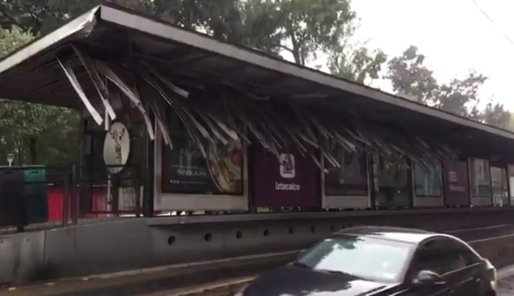 instalaciones del metrobus dañadas por trailer