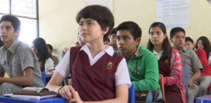 Sofía Ingigerth, representa a México en concurso internacional de matemáticas