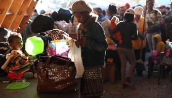 haitianos reciben enseres para vivir en tijuana