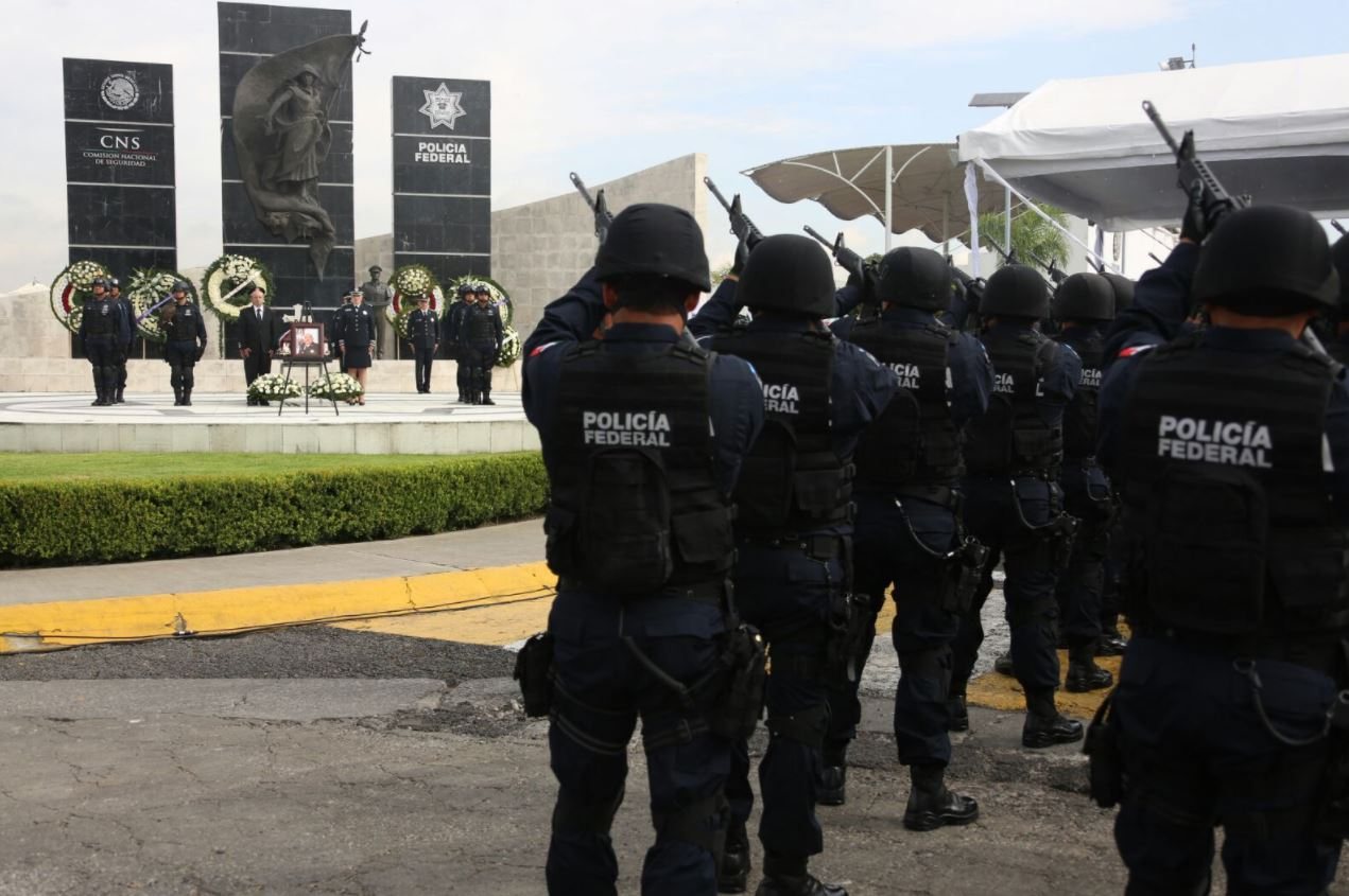 homejane-policías-federales-renato sales