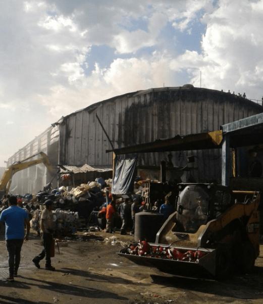 Incendio en procesadora de basura de San Juan de Aragón
