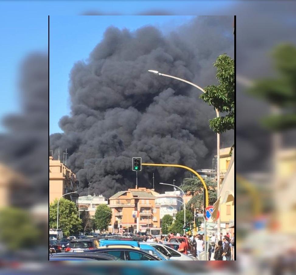 Explosión y densa nube de humo cerca del Vaticano — Alerta en Roma