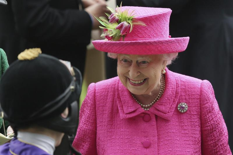 Isabel II aumentará sus ingresos en 2018