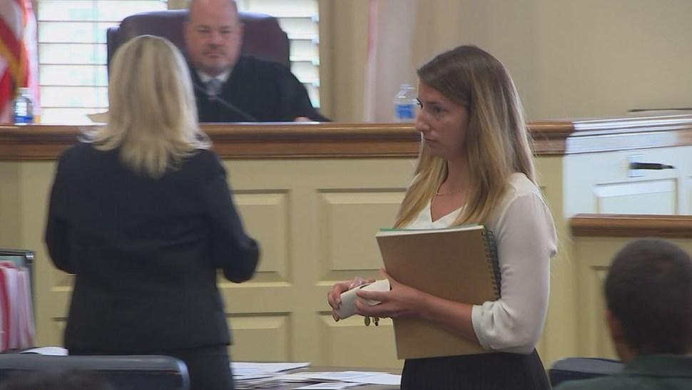 Erin Elizabeth McAuliffe en la corte (Foto: abc11.com)
