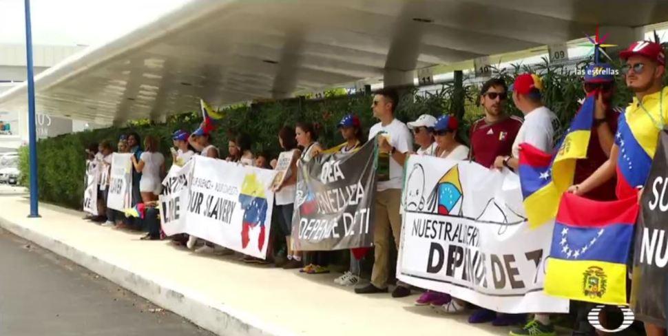 Más de 6 mil venezolanos huyen y se refugian en Cancún