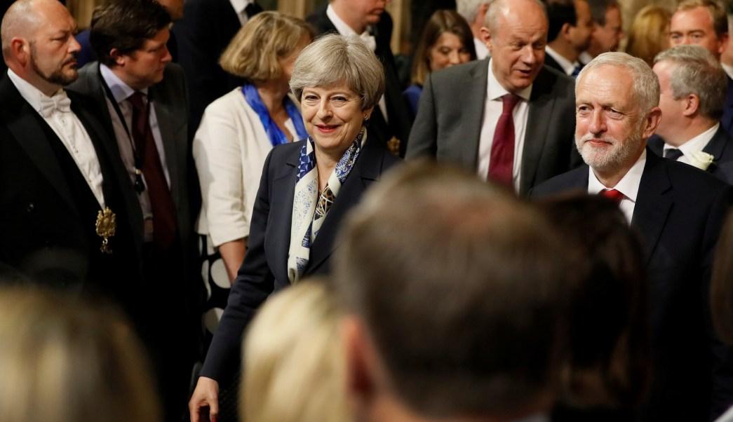 May promete escuchar atentamente las preocupaciones por Brexit