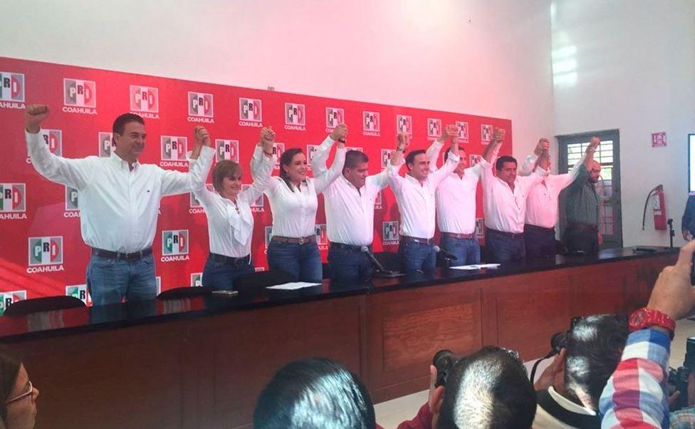 El candidato del PRI, Miguel Ángel Riquelme, durante un mensaje a medios (Twitter @Info7xpress)