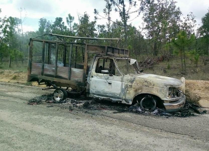 Difunden imágenes de la emboscada en la Mixteca de Oaxaca (Twitter: @LagarrapataS22)