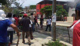 Conflicto entre grupos sindicales deja varios lesionados en Salina Cruz, Oaxaca