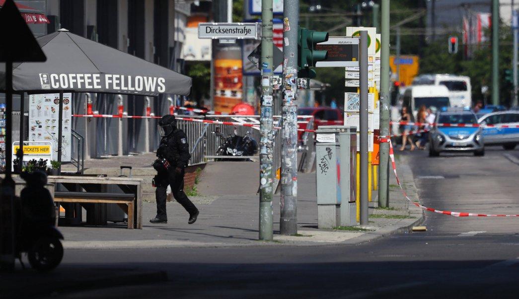 Policía de Berlín investiga paquete sospechoso en estación de trenes