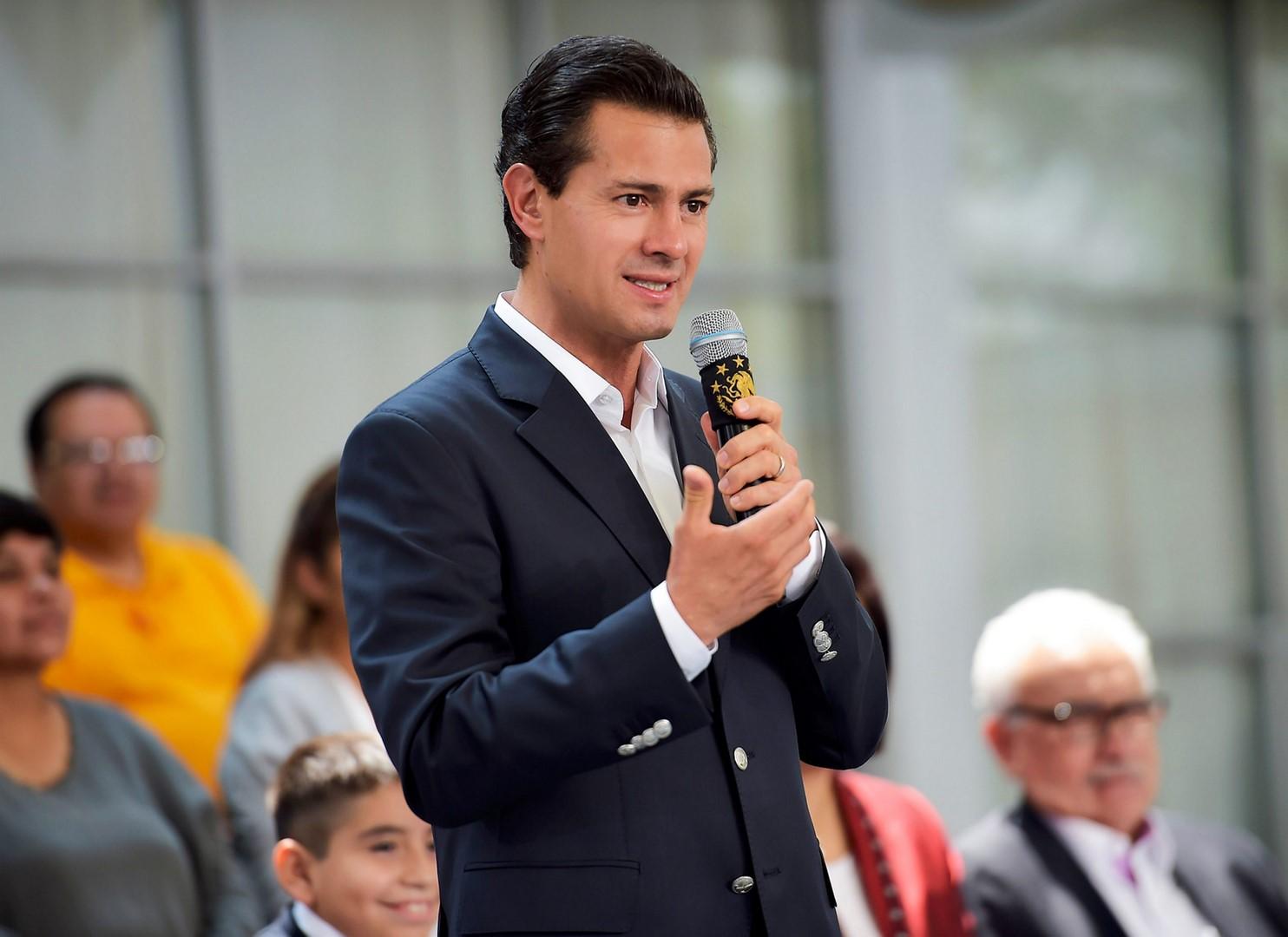 Peña Nieto informa a Congreso su asistencia a cumbre en Colombia