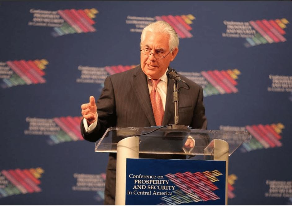 Rex Tillerson durante conferencia sobre Centroamerica en Miami