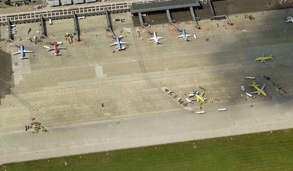 aeropuerto Stuttgart, amenaza de bomba, falsa amenaza de bomba, aviones