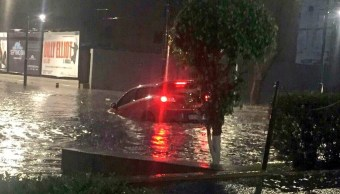 Vehículo, varado, lluvia, inundación, Ferrocarril de Cuernavaca, Polanco