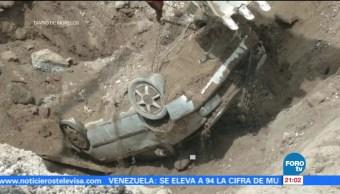 Dos muertos, socavón, Paso Express, Cuernavaca, cae vehículo, morelos