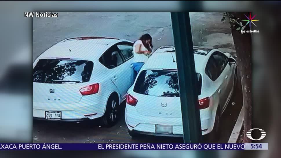 noticias, forotv, Captan, mujer robando, espejo a un auto, colonia Escandón