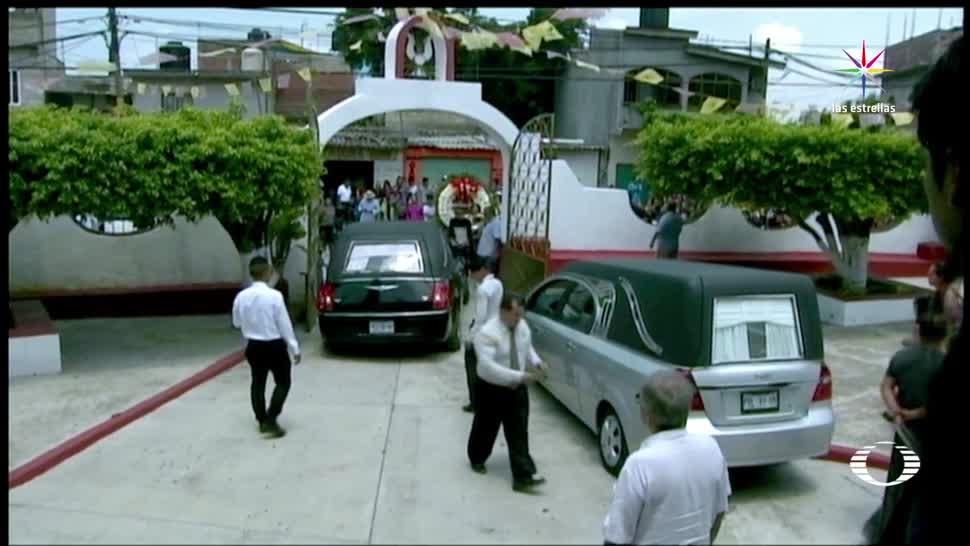 Despiden, víctimas de socavón, Cuernavaca
