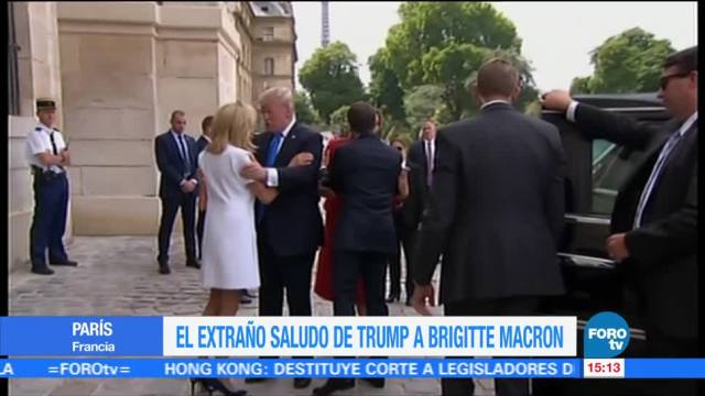 Brigitte Macron, esquiva, fuerte apretón, Donald Trump
