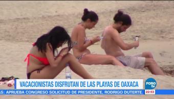 Vacacionistas Disfrutan Playas Puerto Escondido Oaxaca