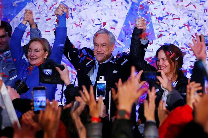Piñera, de la coalición Chile Vamos, obtuvo casi 730 mil 672 votos, el 57% al cómputo del 95.5% de las mesas (EFE)