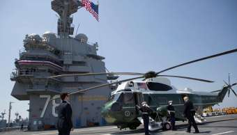 Donald Trump, Marine One, USS Gerald R. Ford, Norfolk, Virginia
