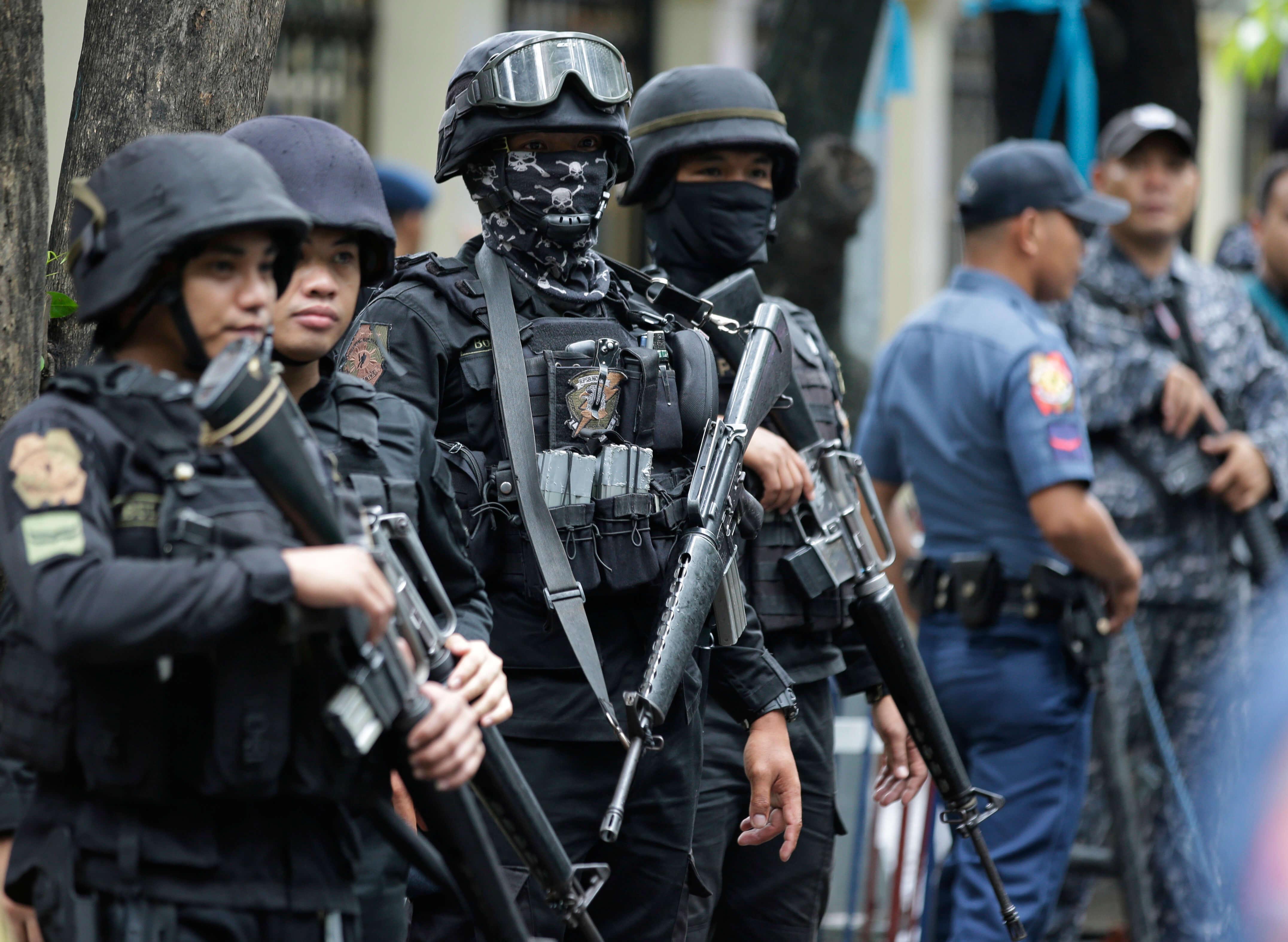 Alcalde filipino muere en redada antidrogas de la policía