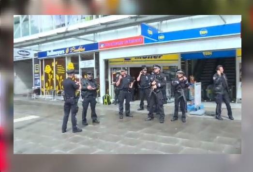 Ataque Armado Cuchillo Hamburgo Policia Alemania