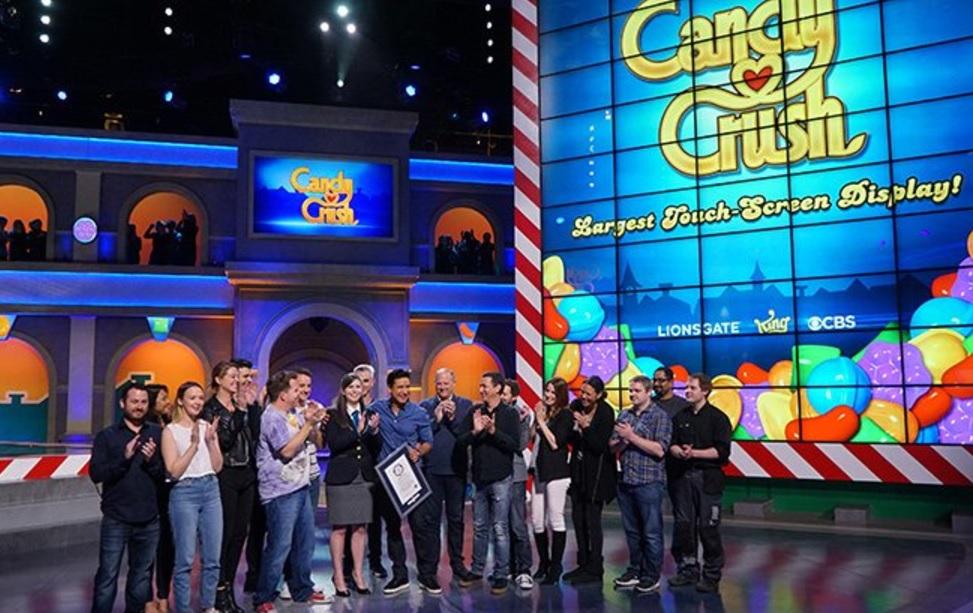 'Candy Crush' recibió el Guinness World Record a la pantalla más grande en su tipo. ( Twitter CandyCrushCBS)