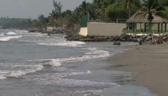 El mar se come playa en Veracruz