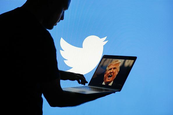 Trump, demanda, Twitter, críticos, bloquear, redes sociales,
