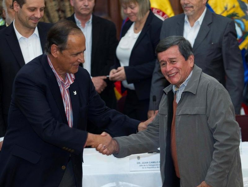 Colombia guerrilla ELN diálogos paz Ecuador