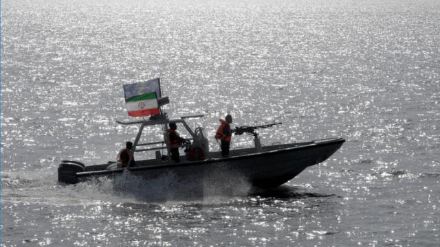 Embarcacion de la guardia revolucionaria irani