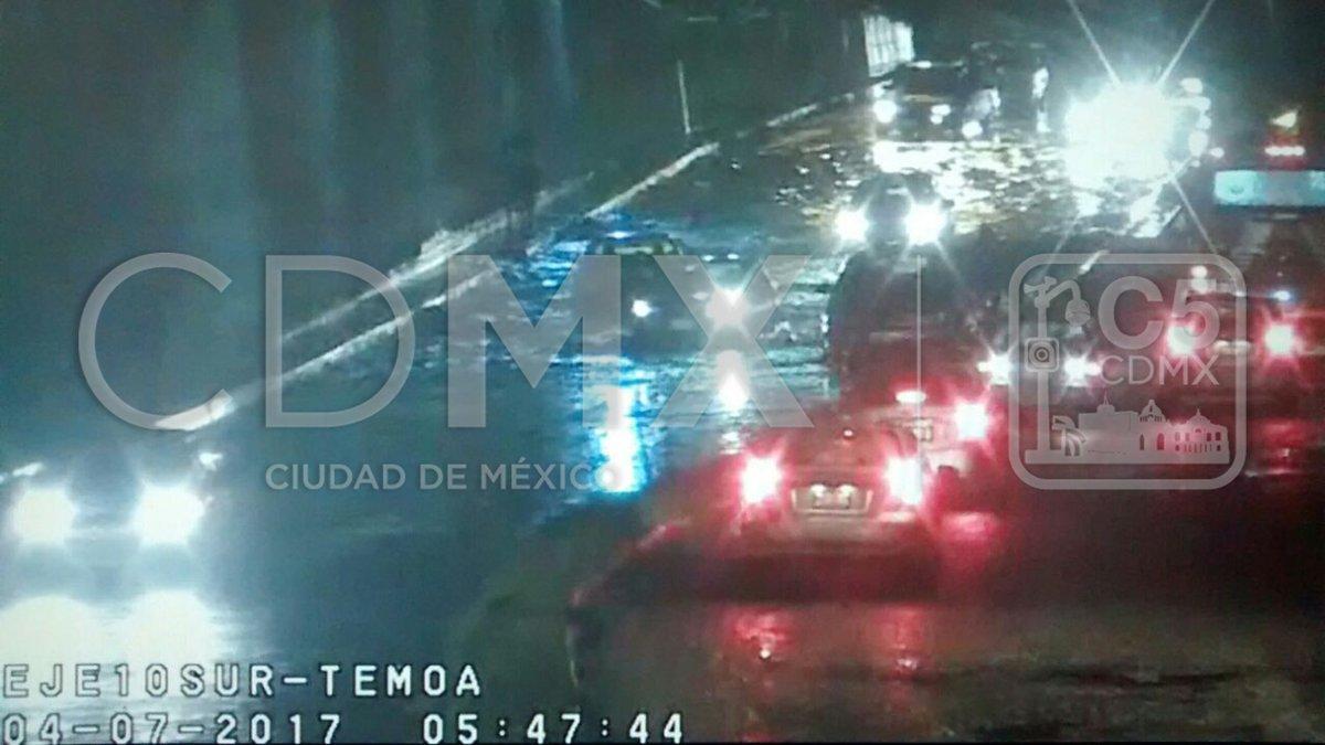 Encharcamientos en la CDMX por lluvias de la madrugada