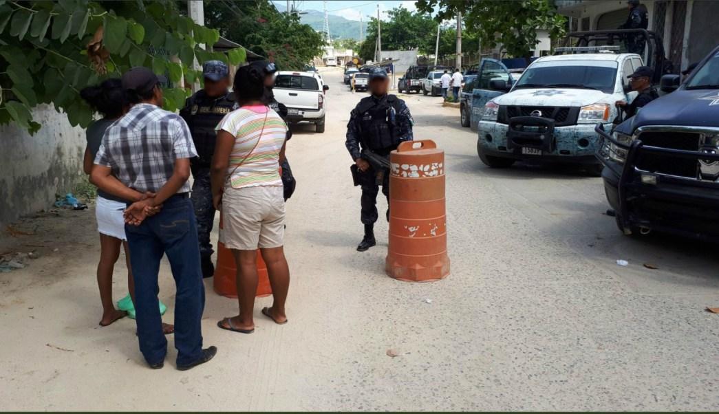 Personal de seguridad vigilan las inmediaciones del penal de acapulco