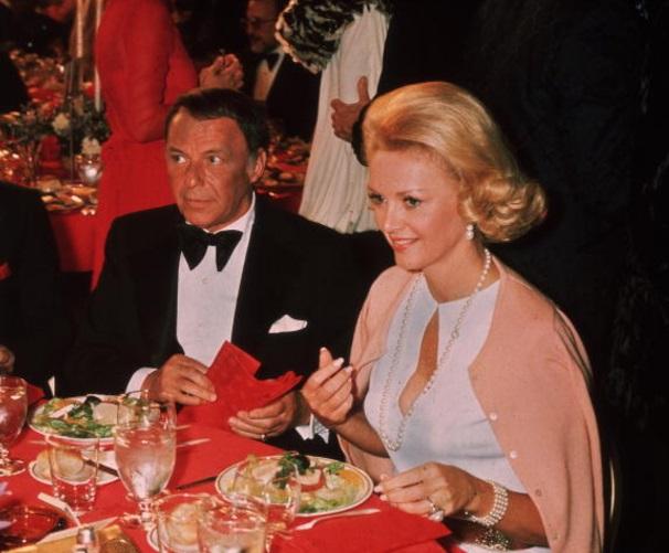 Frank Sinatra, Barbara Marx, Obituario, Musica, Actuacion