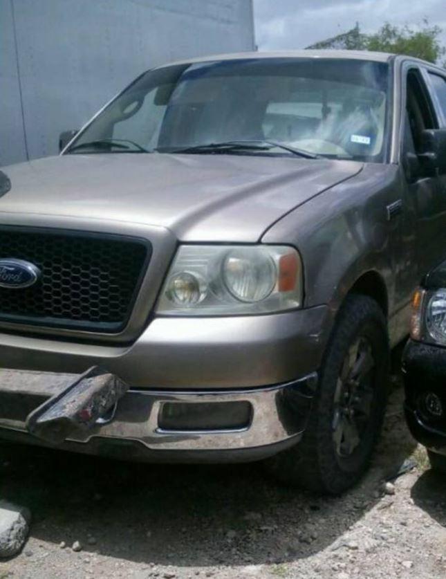 Fuerzas de seguridad aseguran camioneta con arsenal en Reynosa