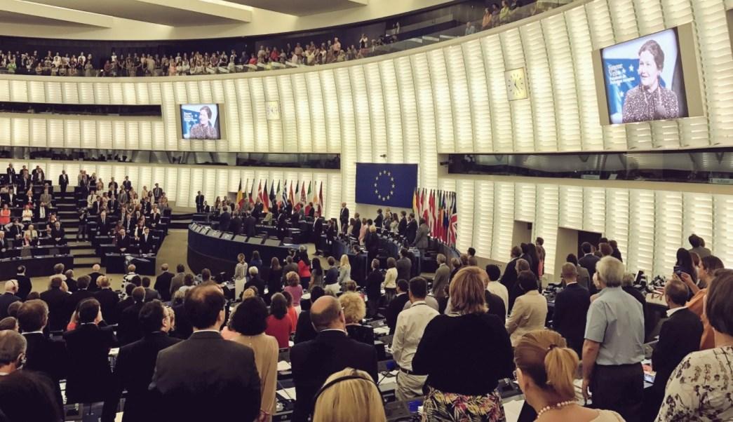 El Parlamento Europeo rinde homenaje a Simone Veil (Twitter: @fjavilopez)