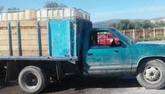 Utilizan autos robados en México para 'huachicol'