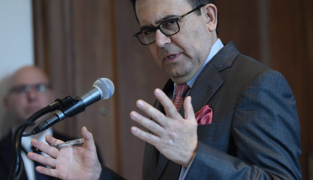 Ildefonso Guajardo titular de la Secretaria de Economía