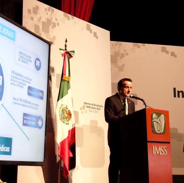IMSS logra superávit por seis mil 400 millones de pesos