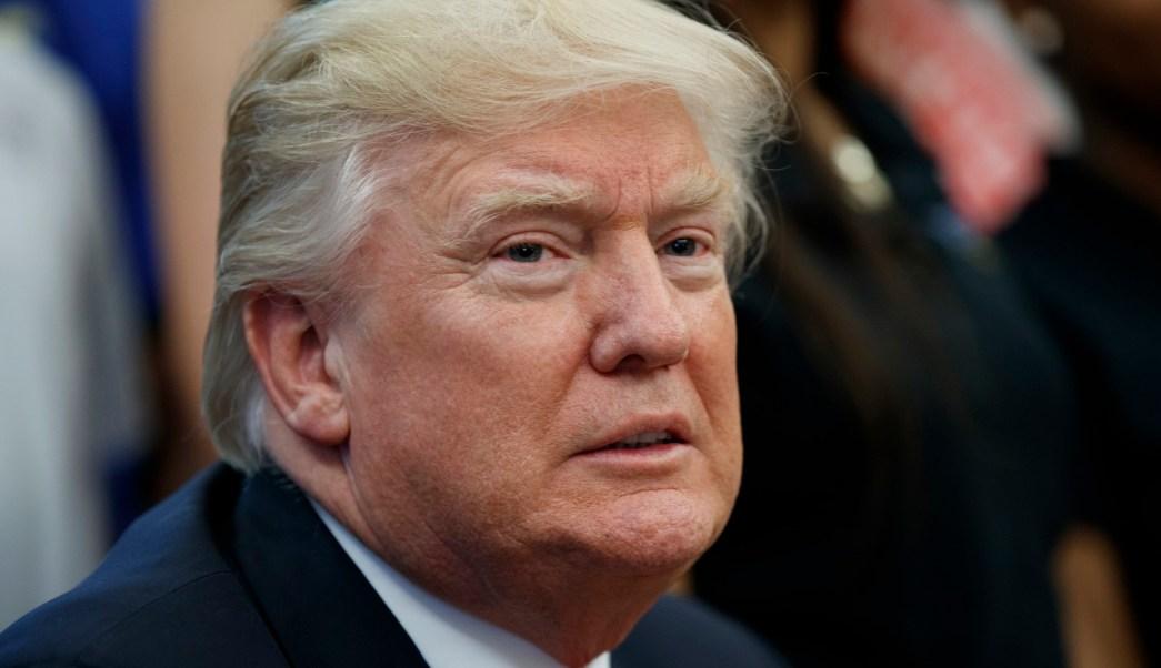 Investigan a cinco cercanos a Trump por sus contactos con Rusia